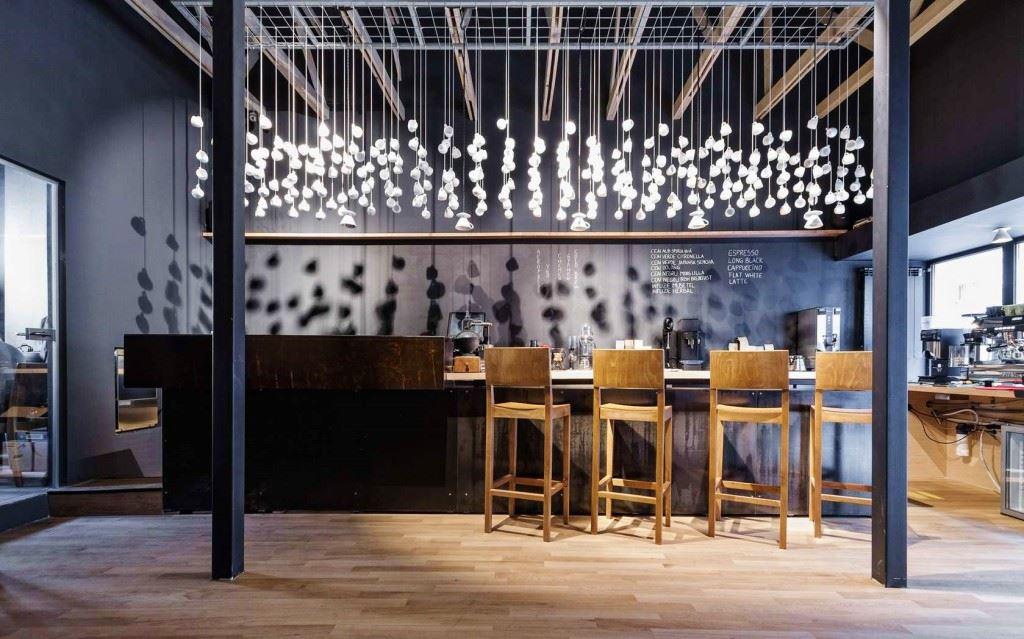 The Parisian Man Starbucks Reserve 5